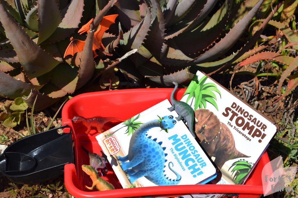 Dinosaur Stomp! Dinosaur Munch!