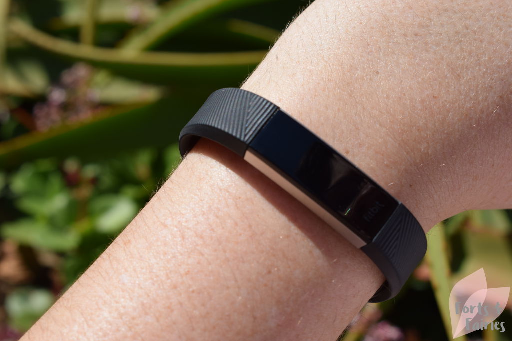 fitbit alta hr review forts and fairies. Black Bedroom Furniture Sets. Home Design Ideas