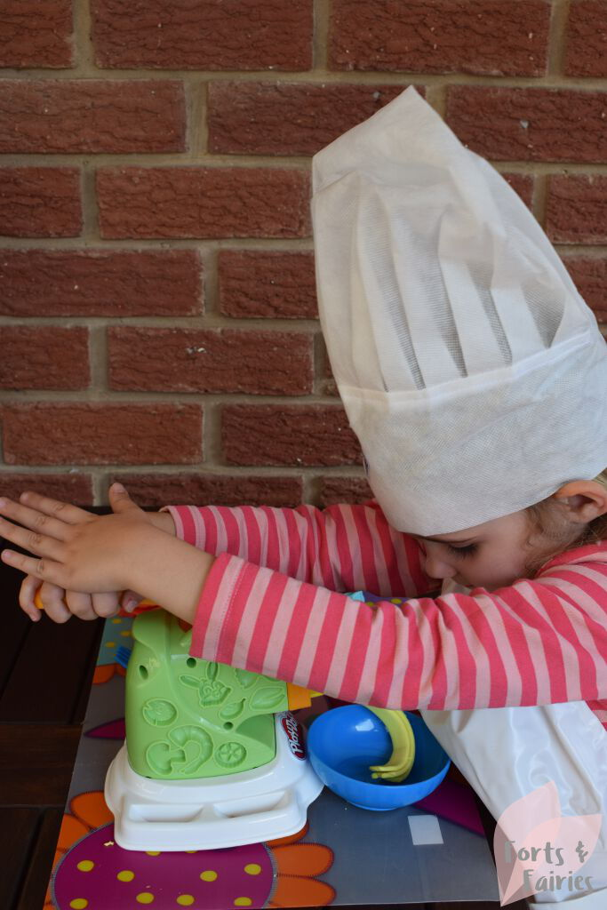 Play-Doh My Kitchen Creations, Noodle Makin' Mania