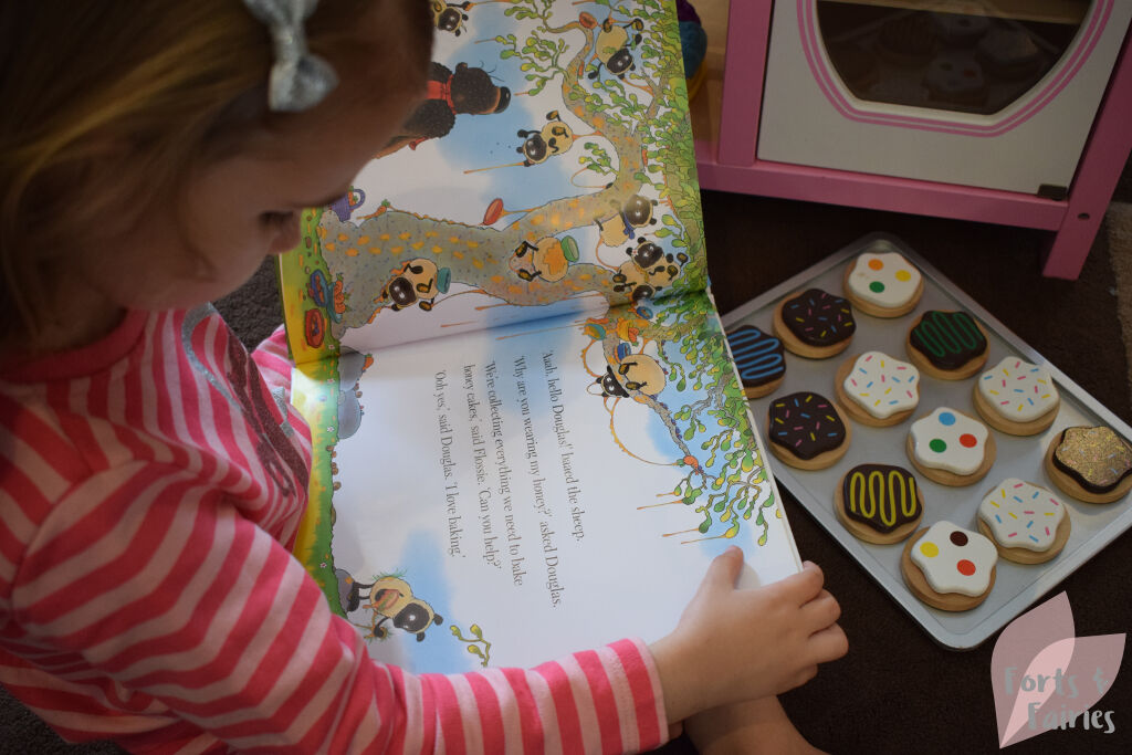 Hugless Douglas and the Great Cake Bake